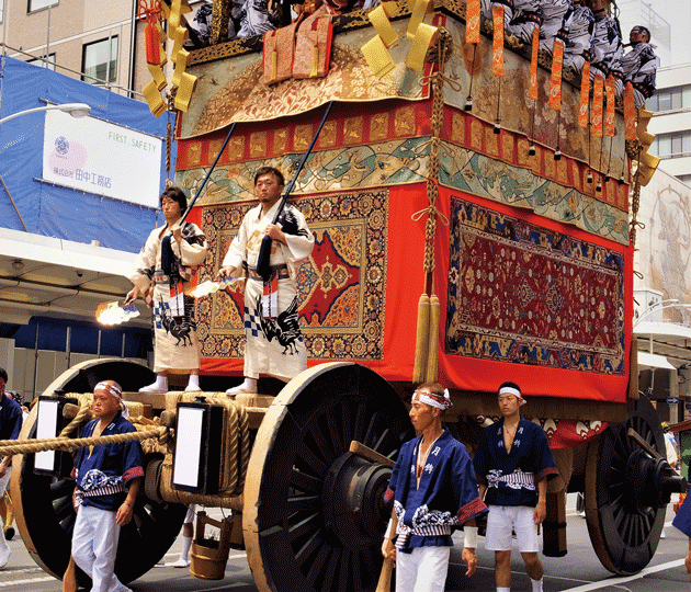 月鉾の懸装 ムガル絨毯 前懸・メダリオン中東連花葉文様ラホール絨毯