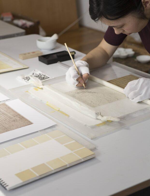 東京藝術大学日本画研究室・現状模写作業風景